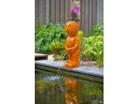 "AA BOY IX - Polystone - ""Manneken Pis"" oranje - H67 x 23 x 25 cm"