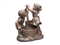 """AA MEMPHIS - waterornement decoratie """"kinderen bjj de pomp"""" rustiek gemaakt van polyresin - 350l/h - H64 x 47 x 26,5 cm"""